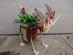 Kov kočka plech s květníkem kývací - velkoobchod, dovoz květin, řezané květiny Brno